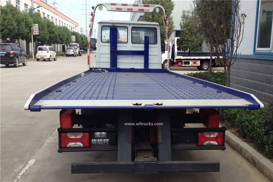 Iveco 3t flat self loader recovery wrecker tow truck