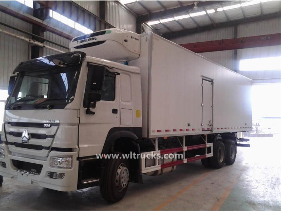 10 tyre HOWO 7.6m refrigerated vehicle
