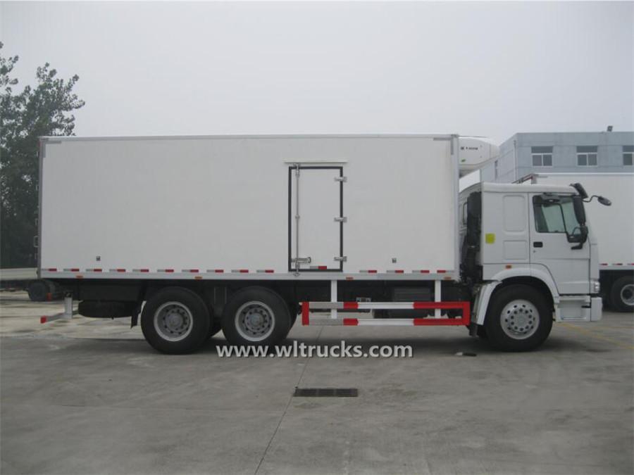 10 wheeler HOWO 7.6 meters froyo food truck