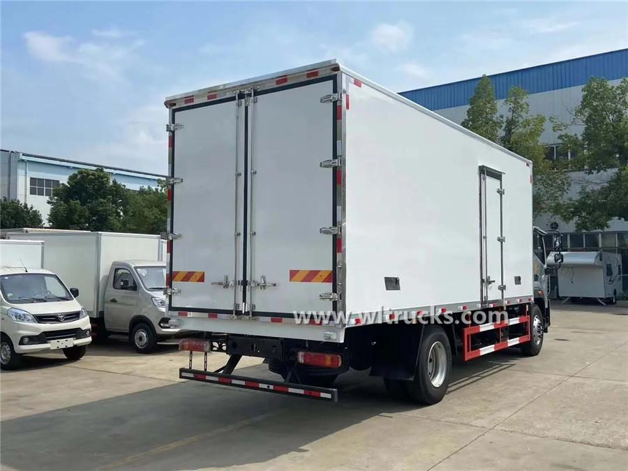 Foton 12t refrigerator cabin truck