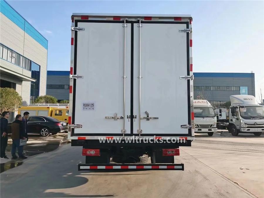 Foton Aumark 6 tonne frozen food truck