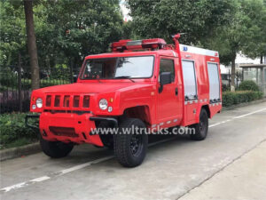 4x4 BAIC BJ80 small off road fire fighter truck
